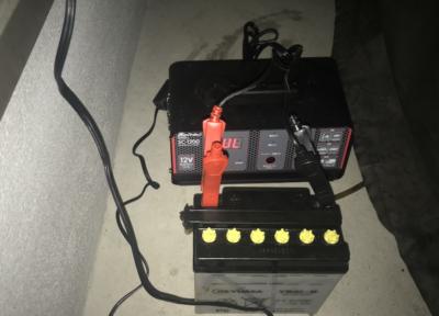 【趣味車】6000円以下で買えるおすすめDC12Vバッテリー充電器メルテックSC−1200の使い方。旧車、古いバイクのバッテリー切れ対策に。
